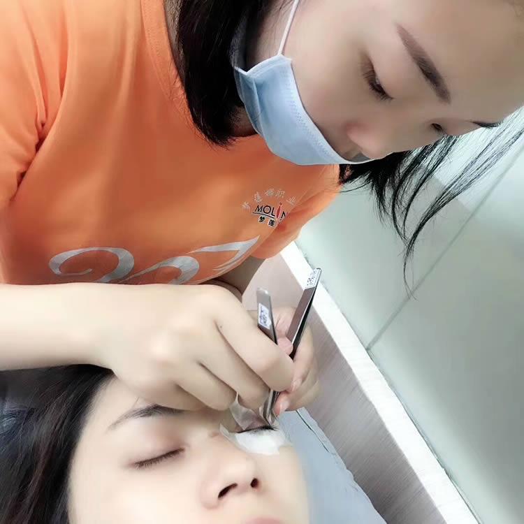 珠海嫁接睫毛技术展示