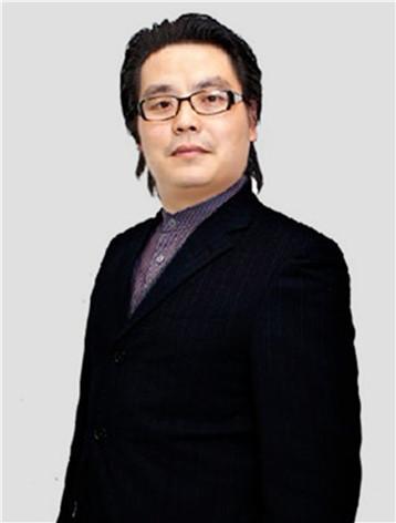 朱峰 校长