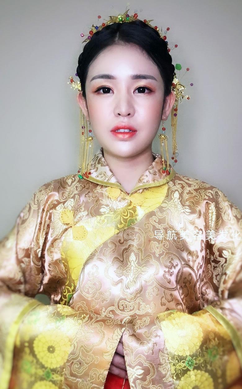 时尚班课堂:中式新娘