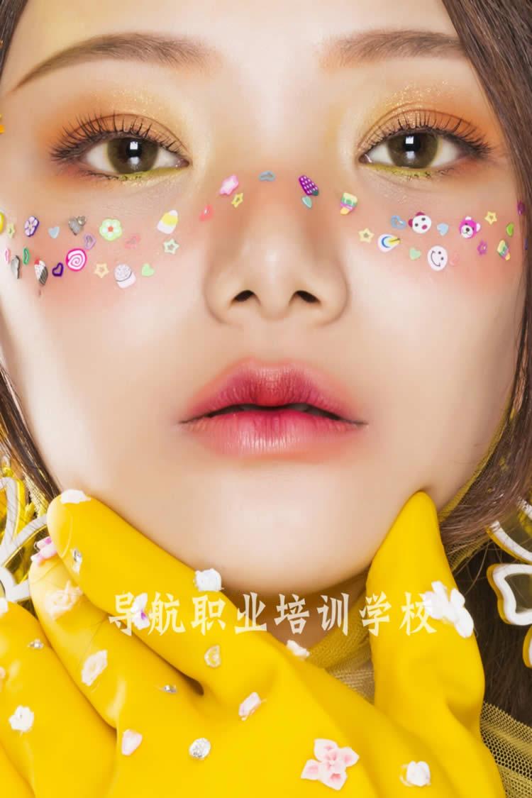 时尚创意广告妆面造型