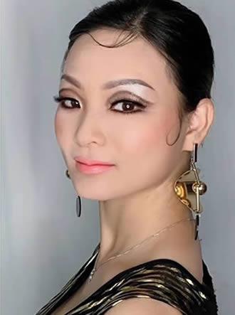 化妆培训班个人形象造型妆面对比图