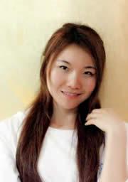 何 菊 时尚化妆造型班